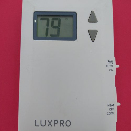 LuxPRO PSD011B Pro-Spec Battery Powered Digital Thermostat 2